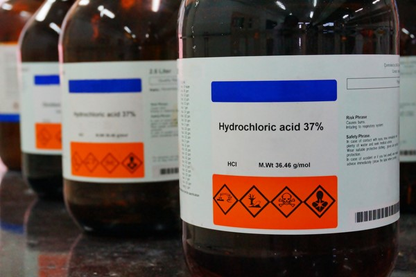 bottle_hydrocholoric_acid_and_HCL_properties_information.jpg